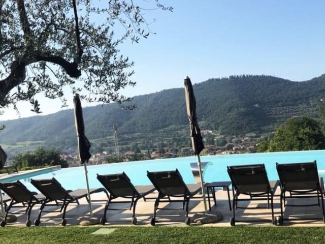Piscina sul Lago di Garda - Ca Barbini Resort